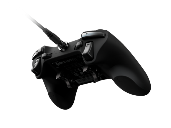 Sabertooth Xbox 360 Game Controller 2