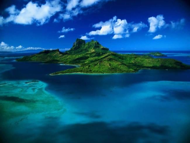 beautiful-island-scenery-wallpaper