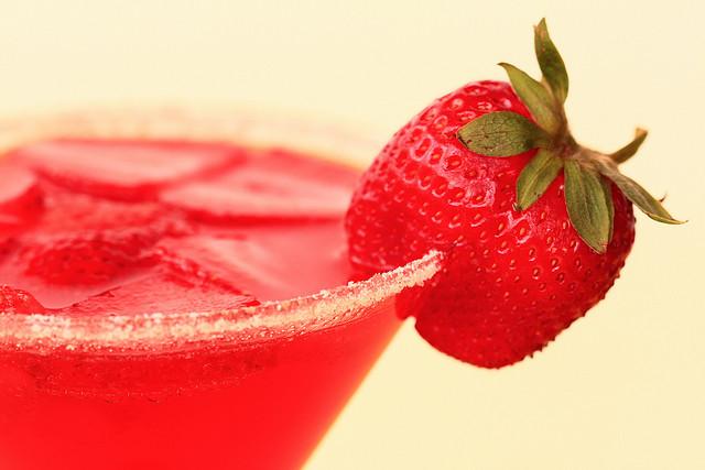 refreshing-sugar-sweet-red-strawberry