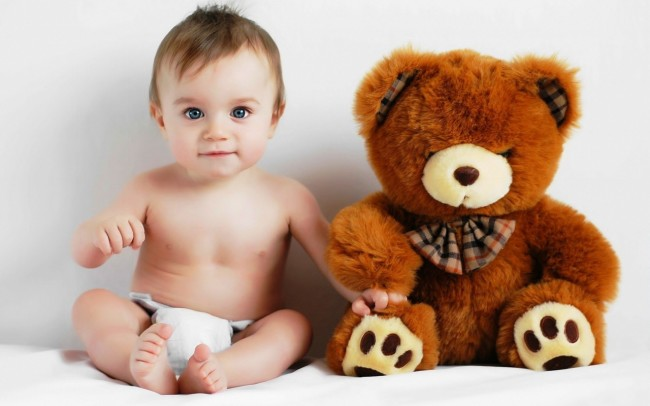 cute baby and teddy Bear